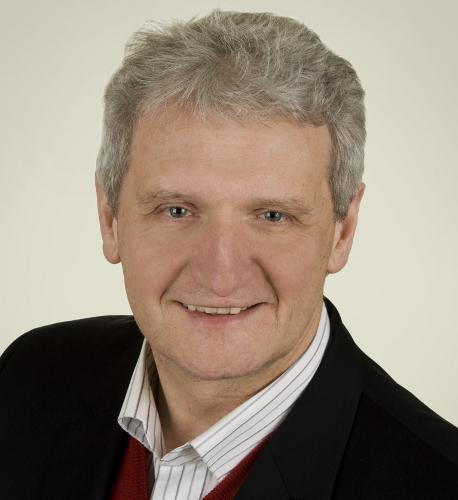 Möchte umfassende Informationen über die Werkvertragsarbeit im Kreis Gütersloh: Der Vorsitzende der CDU-Kreistagsfraktion, Dr. Heinrich Josef Sökeland.