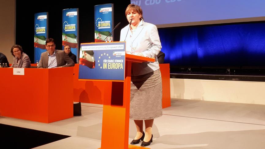 Birgit Ernst auf der Vertreterversammlung
