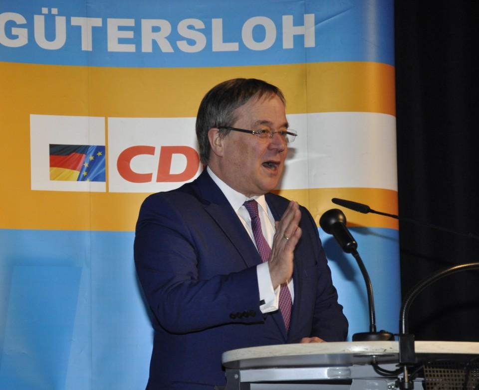 Ministerpräsident Armin Laschet in Gütersloh.