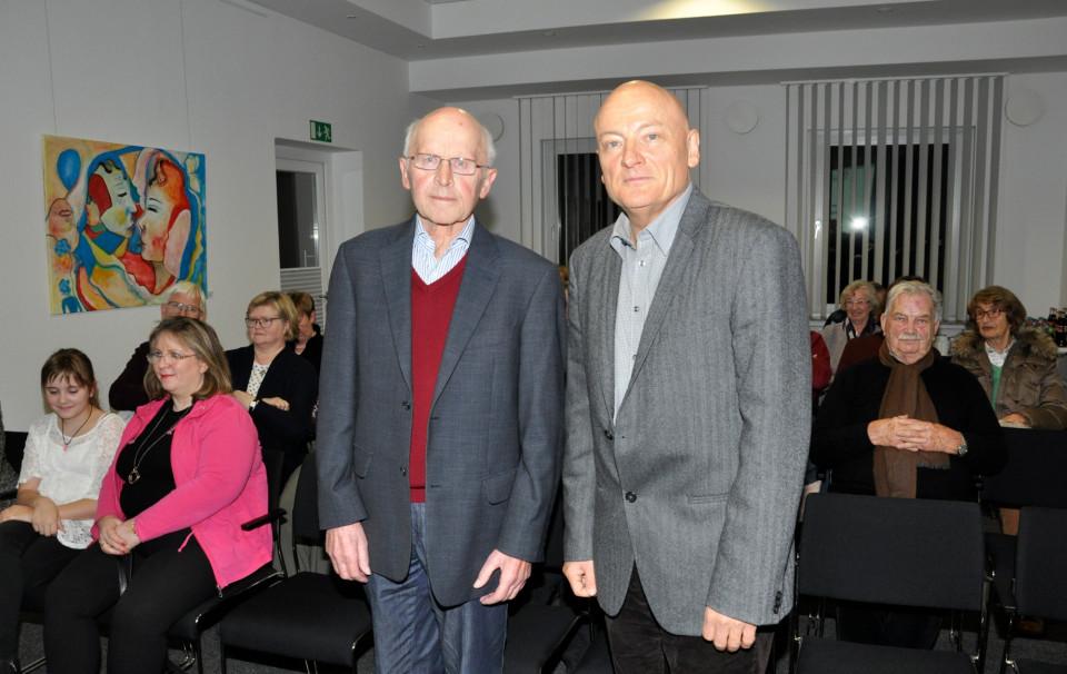 Blickten gemeinsam auf das Unrechtsregime der DDR und 30 Jahre deutsche Einheit zurück: CDU-Ehrenvorsitzender Hubert Deittert und Referent Thomas Lukow (v.l.).