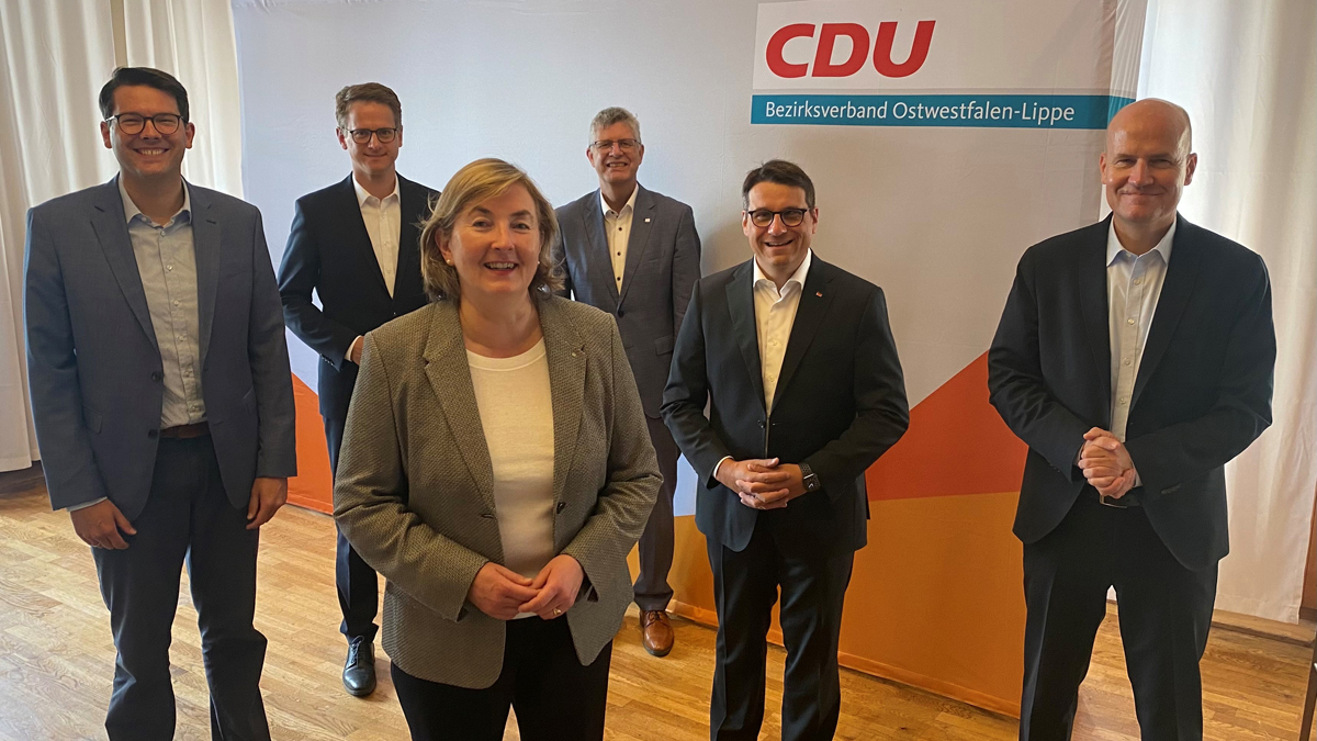 Joachim Ebmeyer, Carsten Linnemann, Angelika Westerwelle, Christian Haase, Oliver Vogt und Ralph Brinkhaus