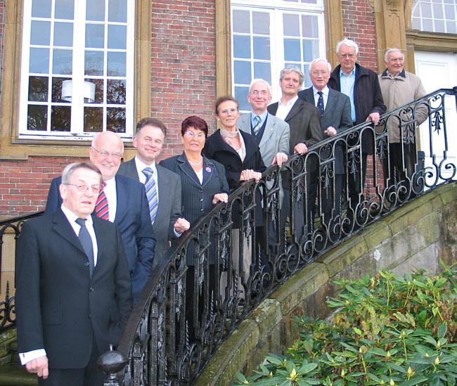 Auf den Stufen der Alten Abtei: Die Teilnehmer der Fraktionsvorstandssitzung \