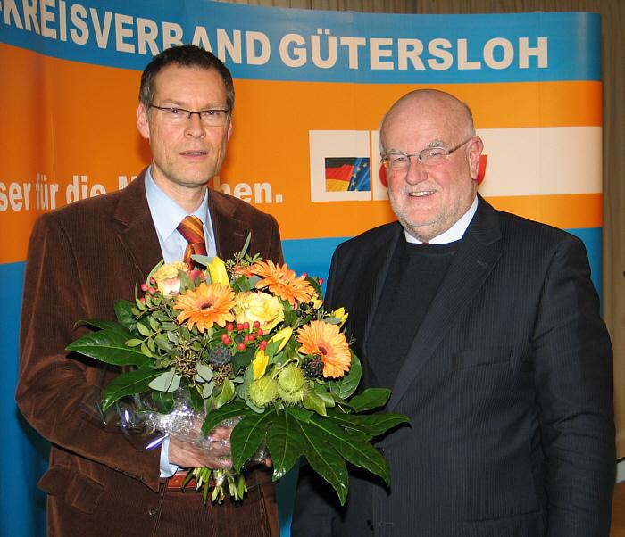 Nach der erfolgreichen Wahl: Sven-Georg Adenauer (l.) und der CDU-Kreisvorsitzende Ludger Kaup.