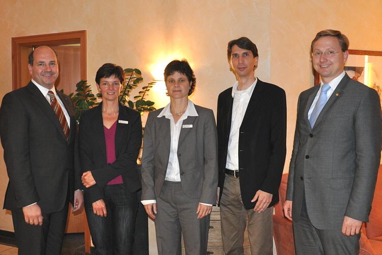 Informierten über Nachteile und Chancen der Haushaltssicherung (v.l.): Hubert Erichlandwehr, Ulrike Suermann, Michaela Werner, Hans-Dieter Wette und Dr. Andreas Wulf.