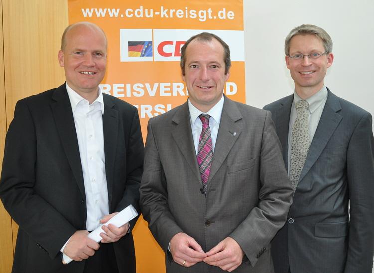 Kreisvorsitzender Ralph Brinkhaus MdB, Generalsekretär Oliver Wittke und Dr. Michael Brinkmeier MdL.