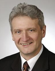 Stellte den Energie-Antrag im Kreisausschuss: CDU-Fraktionsvorsitzender Dr. Heinrich Josef Sökeland
