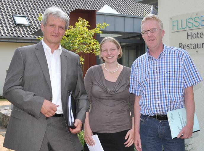 Achten bei allem auf gesunde Finanzen des Kreises (v.l.): CDU-Fraktionsvorsitzender Dr. Heinrich Josef Sökeland, dessen Stellvertreterin Helen Wiesner und der FDP-Fraktionsvorsitzende Michael zur Heiden.
