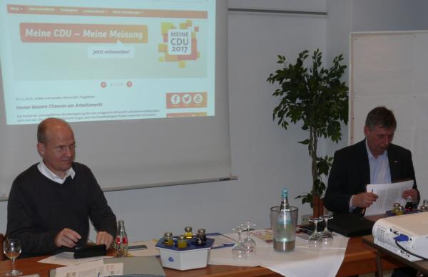 v. l. CDU-Kreisvorsitzender Ralph Brinkhaus MdB, Bodo Löttgen, Generalsekretär der  CDU NRW