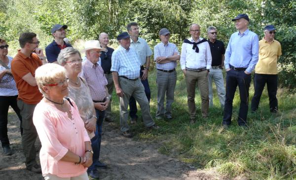 Bei der Waldwanderung des CDU-Kreisverbands Gütersloh in Pixel