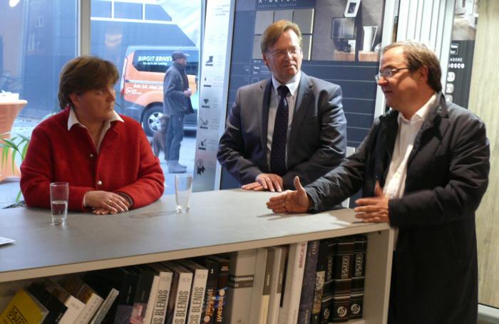v.l.: Birgit Ernst, Klaus Dirks, Armin Laschet MdL