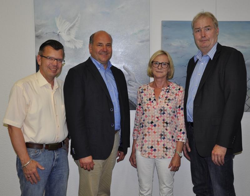 Bekamen von den KPV-Mitgliedern durch Wiederwahl das Vertrauen ausgesprochen (v.l.): Peter Woste, Hubert Erichlandwehr, Marita Fiekas und Dirk Lehmann.