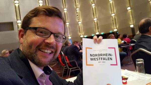 Raphael Tigges MdL beim Landesparteitag in Neuss