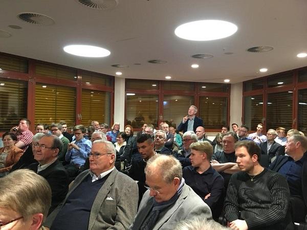 Knapp 100 Mitglieder diskutierten mit Ralph Brinkhaus MdB über den Koaltionsvertrag