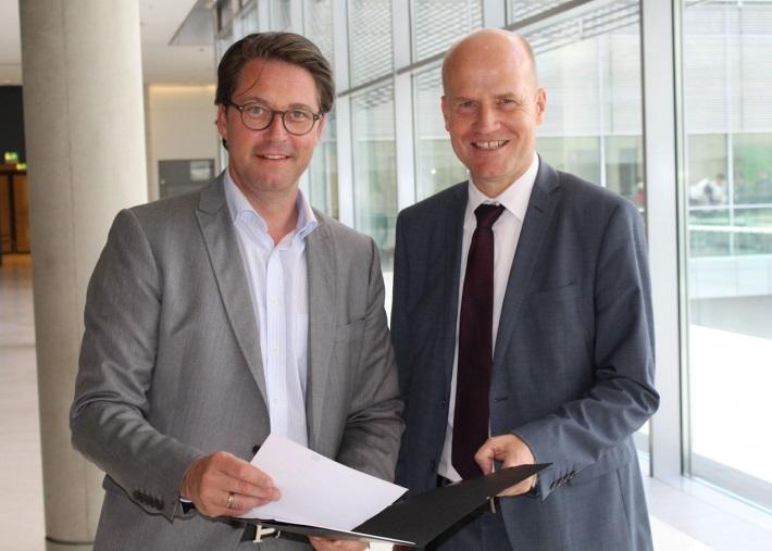Bundesminister für Verkehr und digitale Infrastruktur, Andreas Scheuer und Ralph Brinkhaus MdB